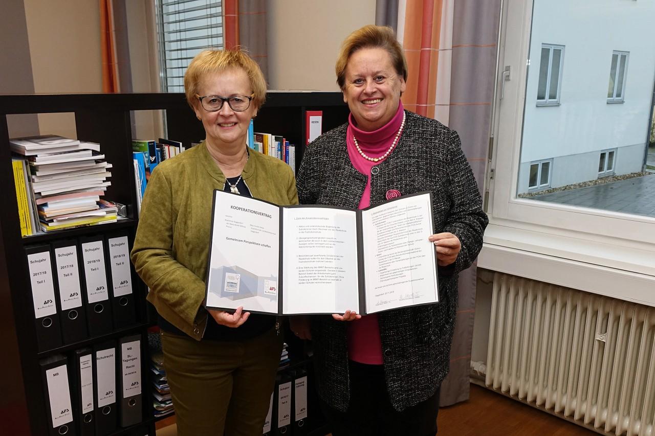 Kooperationsvertrag zwischen der Realschule Maria Ward und Aloys-Fischer Schule Deggendorf